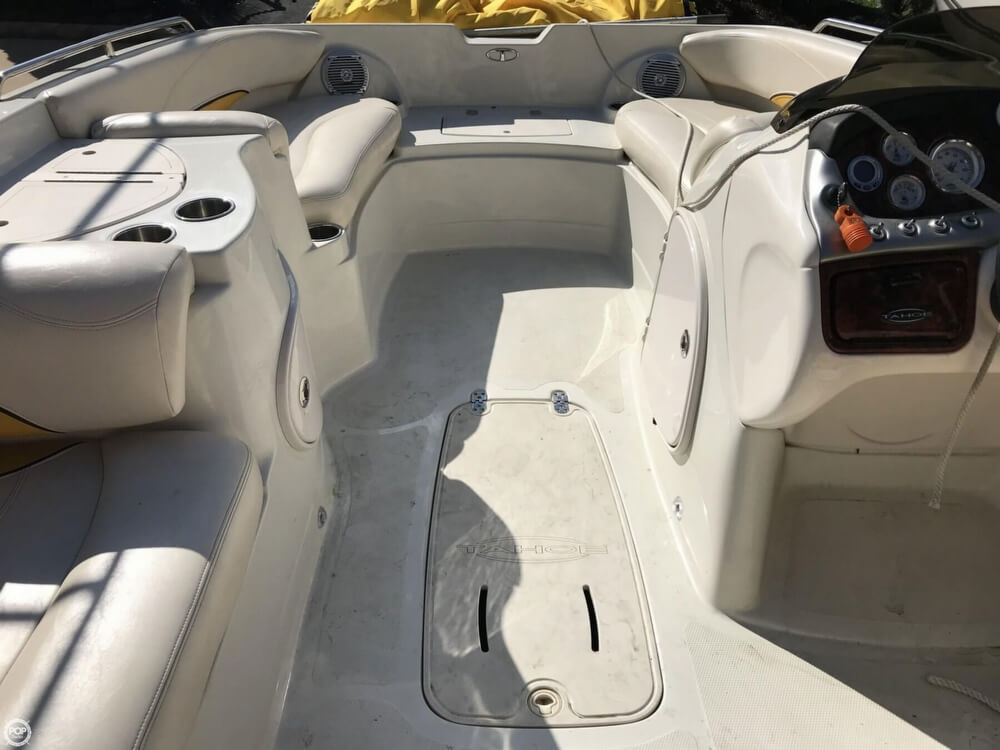 2013 Tahoe boat for sale, model of the boat is 215XI & Image # 23 of 39