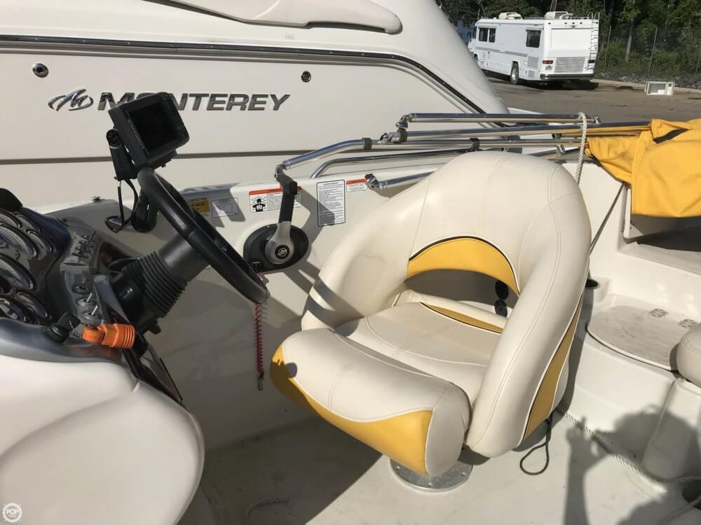 2013 Tahoe boat for sale, model of the boat is 215XI & Image # 30 of 39