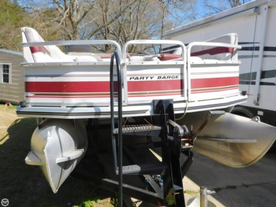 Tracker Party Barge 21, 21', for sale - $11,500