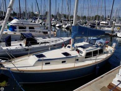 Islander Freeport 36, 35', for sale - $59,900