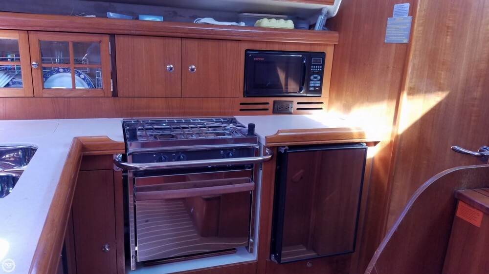 2006 Hunter boat for sale, model of the boat is 38 & Image # 11 of 40