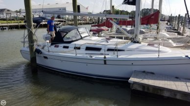 Hunter 38, 38', for sale - $99,900