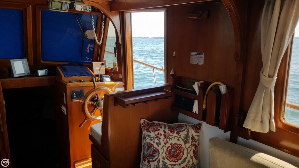 1989 Marine Trader boat for sale, model of the boat is 34 Double Cabin & Image # 4 of 40