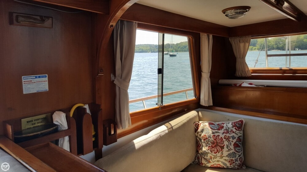 1989 Marine Trader boat for sale, model of the boat is 34 Double Cabin & Image # 5 of 40