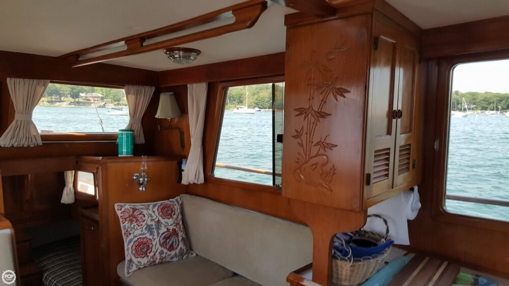 1989 Marine Trader boat for sale, model of the boat is 34 Double Cabin & Image # 7 of 40