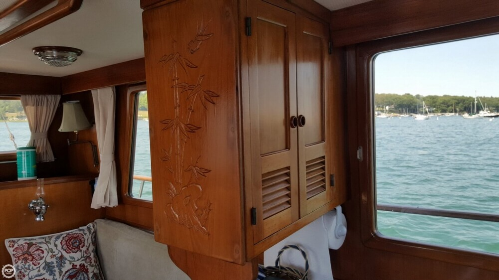 1989 Marine Trader boat for sale, model of the boat is 34 Double Cabin & Image # 8 of 40