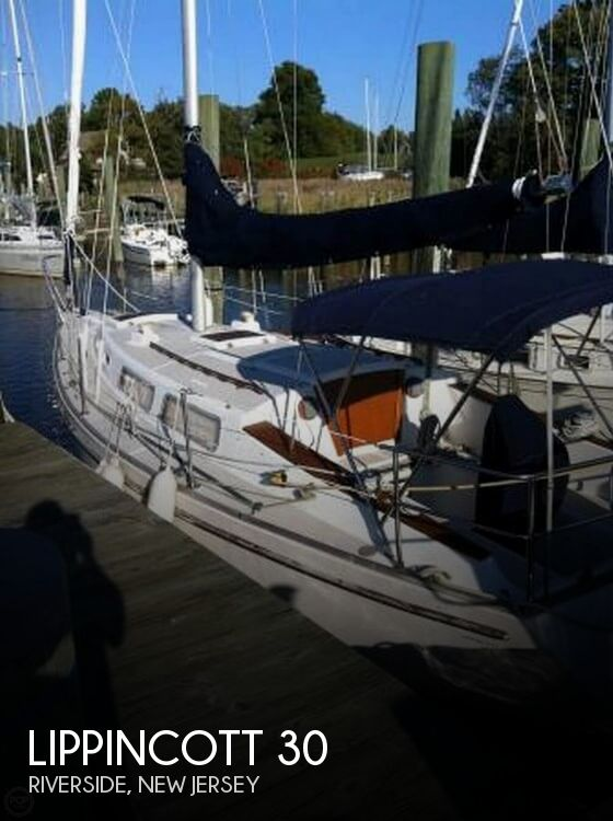 1983 Lippincott boat for sale, model of the boat is 30 & Image # 1 of 40