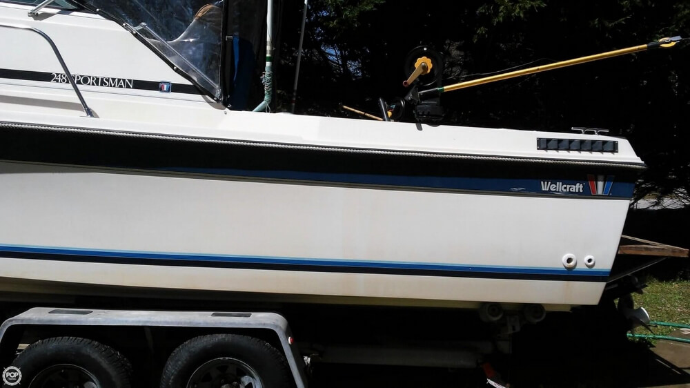 1983 Wellcraft boat for sale, model of the boat is 248 Sportsman & Image # 19 of 40