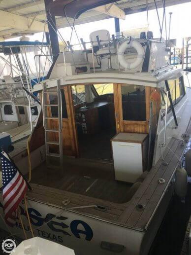 Egg Harbor 33 Sedan Fisherman, 33', for sale - $27,000