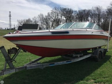 Chris-Craft 225 Limited, 23', for sale - $9,800