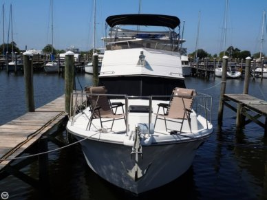 Carver 3607 Aft Cabin, 35', for sale - $36,000