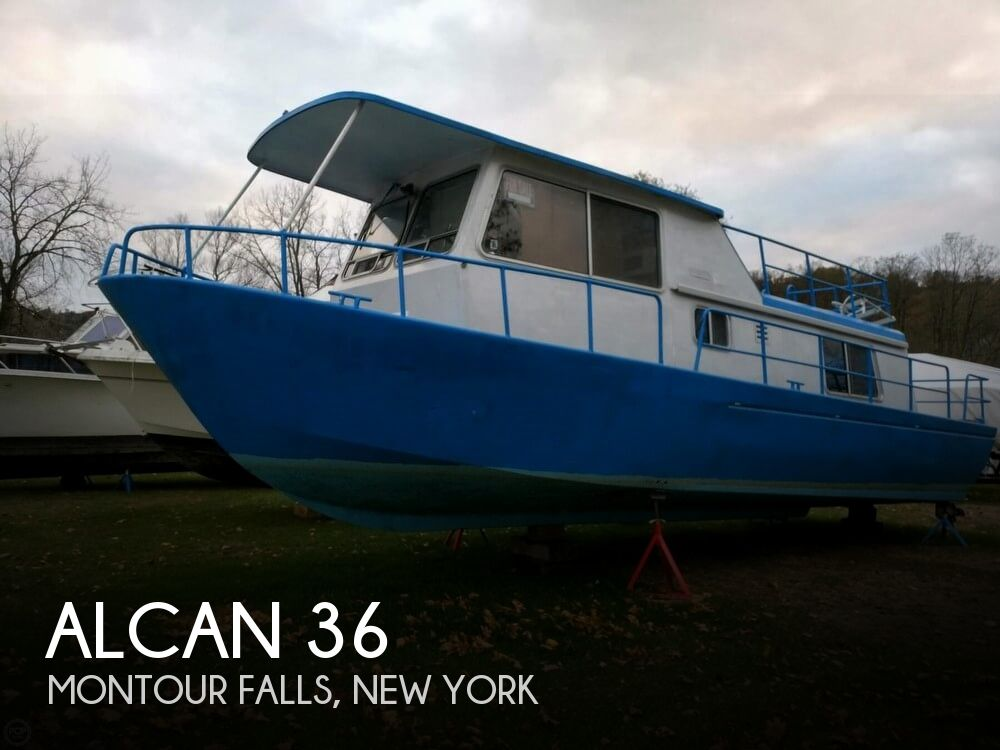 Used Houseboats For Sale in New York by owner | 1969 Alcan 36
