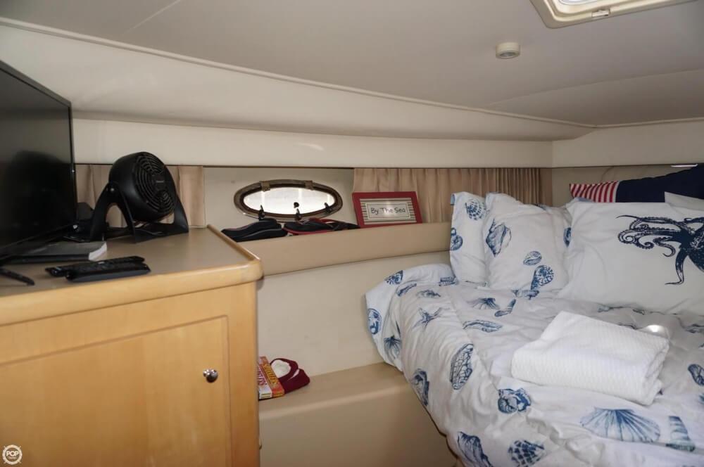 1998 Carver 355 Motor Yacht Aft Cabin - image 31