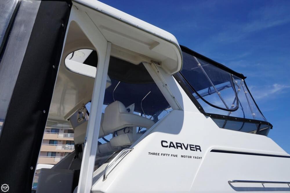 1998 Carver 355 Motor Yacht Aft Cabin - image 4