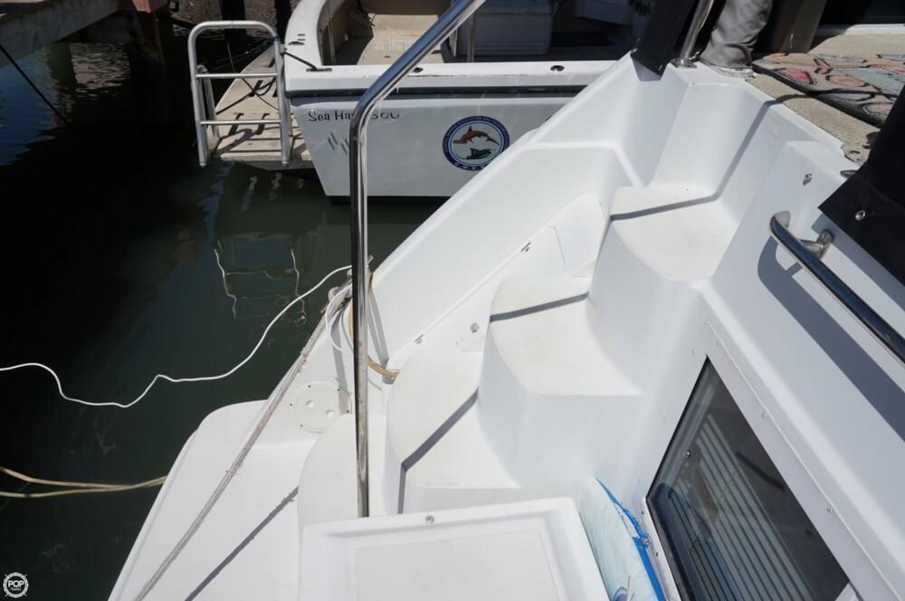 1998 Carver 355 Motor Yacht Aft Cabin - image 9