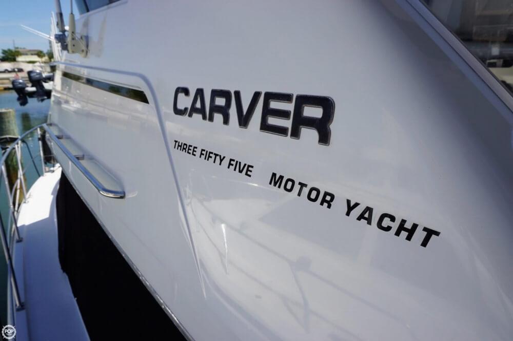 1998 Carver 355 Motor Yacht Aft Cabin - image 15