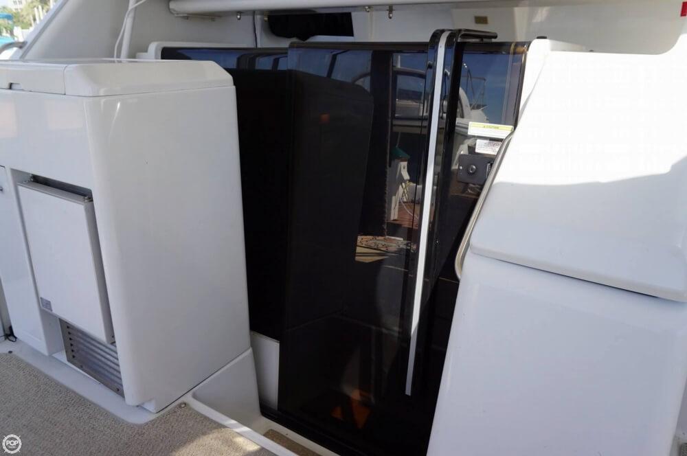 1998 Carver 355 Motor Yacht Aft Cabin - image 26