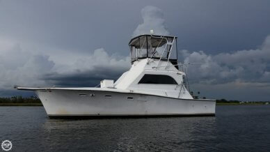 Egg Harbor 33, 33', for sale - $20,000