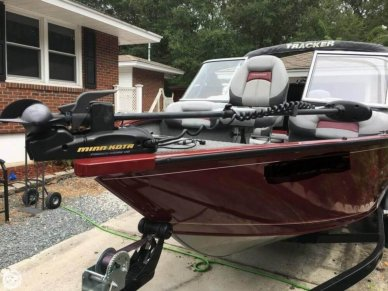 Tracker V-175 Pro Guide, 16', for sale - $24,500