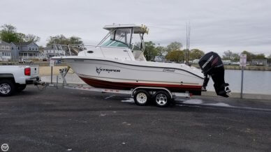Seaswirl Striper 2301, 24', for sale - $37,900