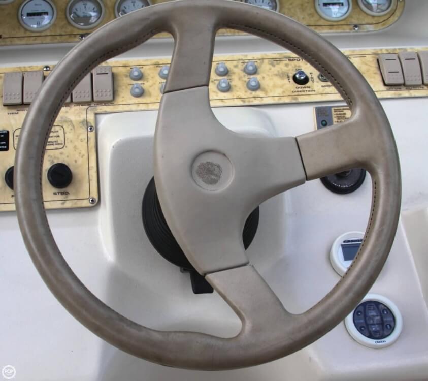 1998 Cruisers 3075 Rogue - Photo #30