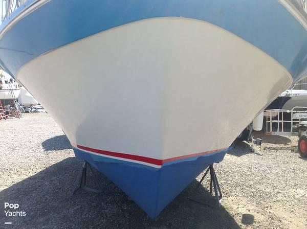 1971 Luhrs boat for sale, model of the boat is Super 320 Marboro Flybridge Sedan & Image # 17 of 40