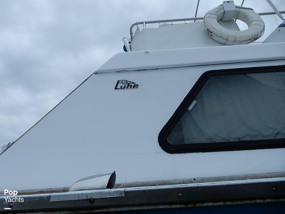 1971 Luhrs boat for sale, model of the boat is Super 320 Marboro Flybridge Sedan & Image # 19 of 40