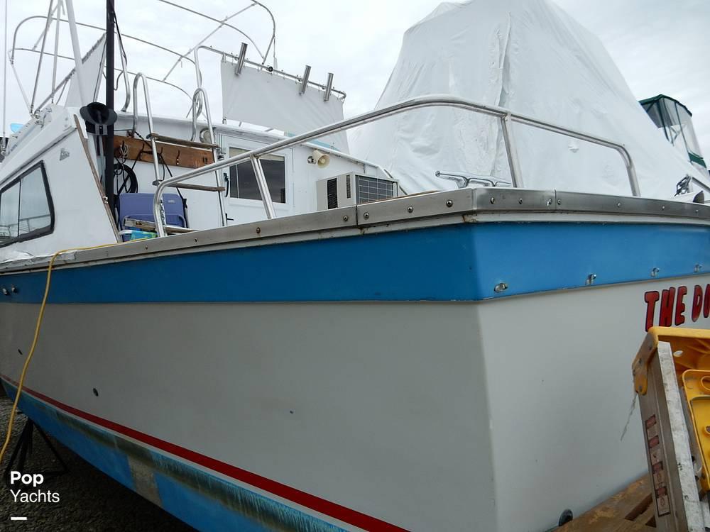 1971 Luhrs boat for sale, model of the boat is Super 320 Marboro Flybridge Sedan & Image # 29 of 40