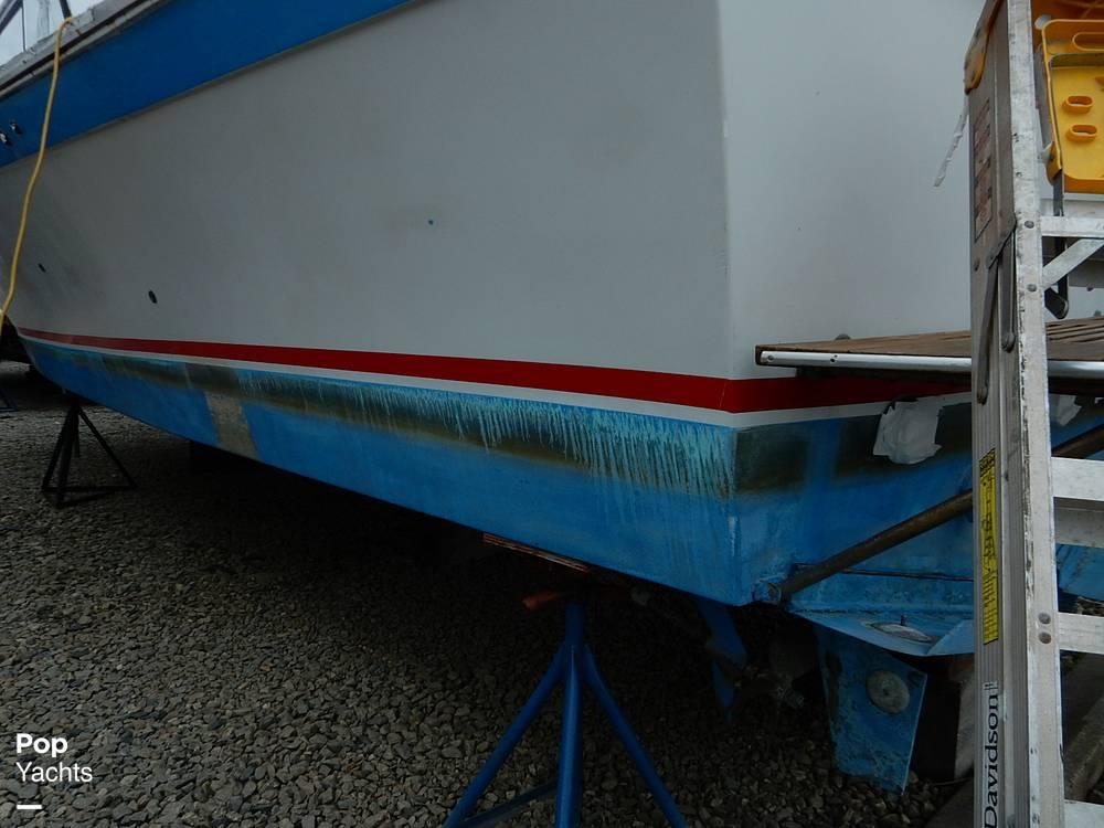 1971 Luhrs boat for sale, model of the boat is Super 320 Marboro Flybridge Sedan & Image # 30 of 40