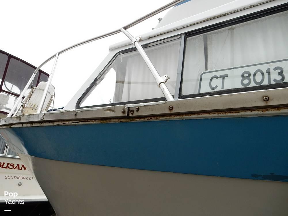 1971 Luhrs boat for sale, model of the boat is Super 320 Marboro Flybridge Sedan & Image # 37 of 40