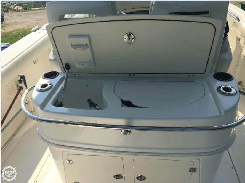 2005 Boston Whaler 32 - image 7