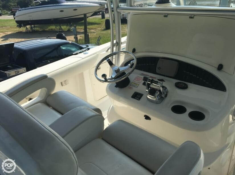 2005 Boston Whaler 32 - image 9