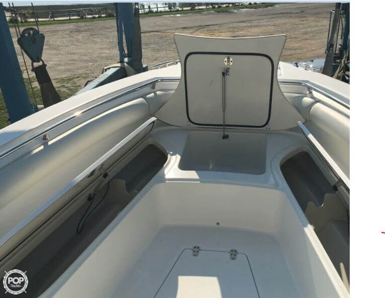 2005 Boston Whaler 32 - image 16