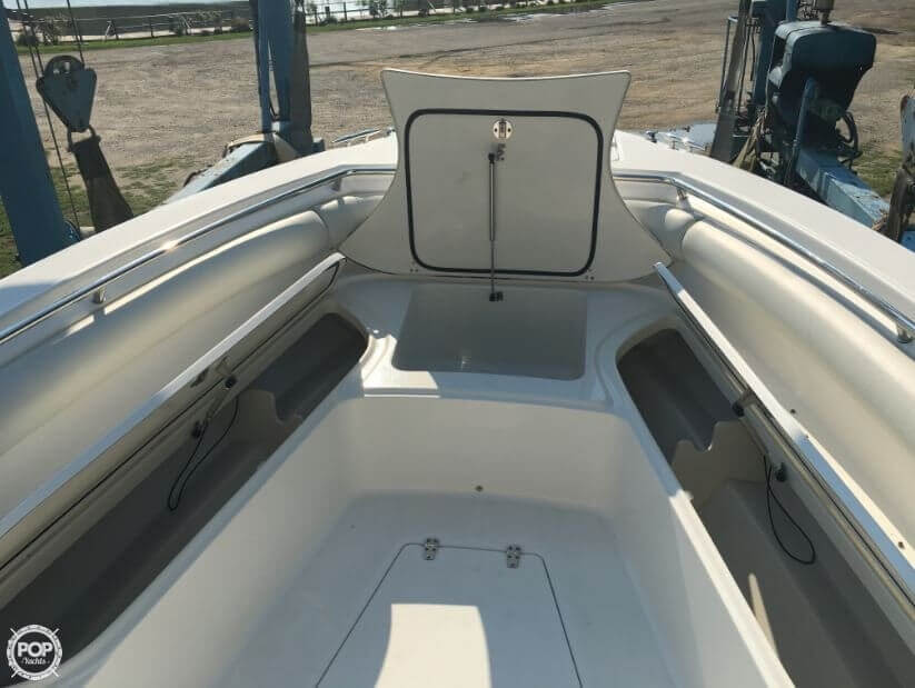 2005 Boston Whaler 32 - image 17