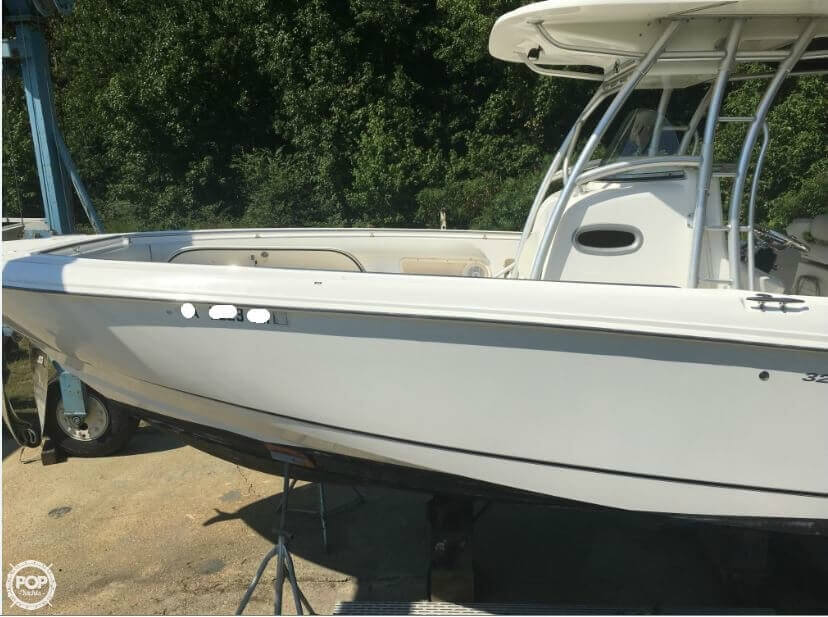 2005 Boston Whaler 32 - image 32