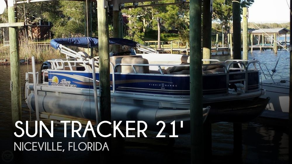 Used Pontoon Boats For Sale in Florida by owner | 2014 Sun Tracker 21