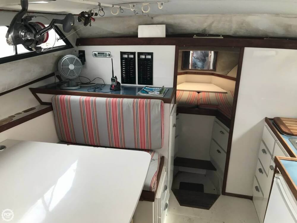 1987 Wellcraft boat for sale, model of the boat is 3200 Coastal & Image # 17 of 40