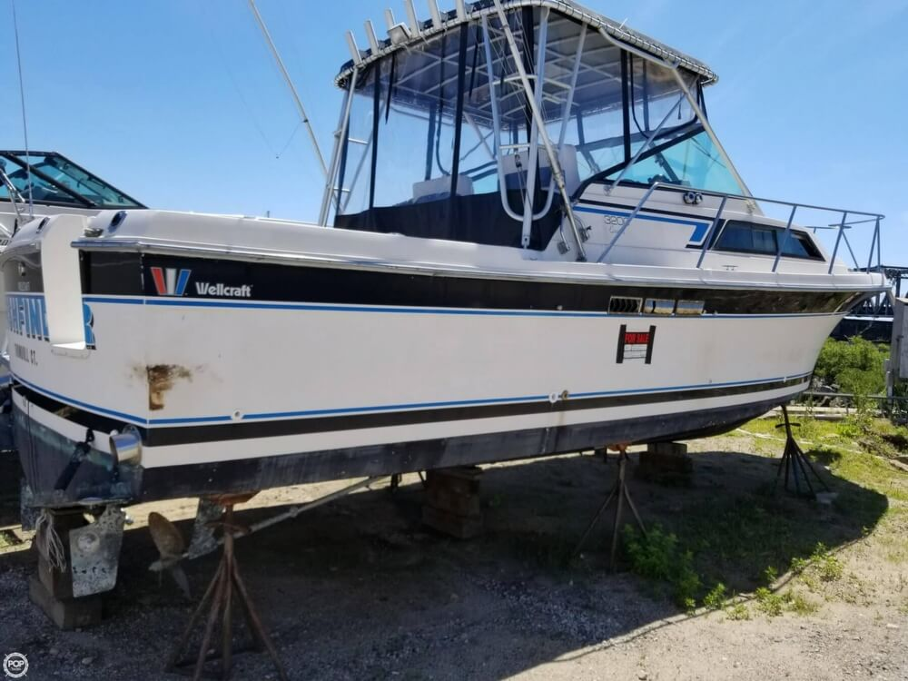 1987 Wellcraft boat for sale, model of the boat is 3200 Coastal & Image # 2 of 40