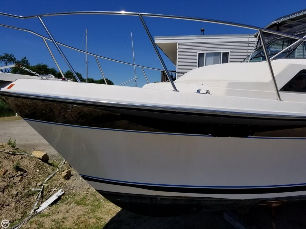 1987 Wellcraft boat for sale, model of the boat is 3200 Coastal & Image # 26 of 40
