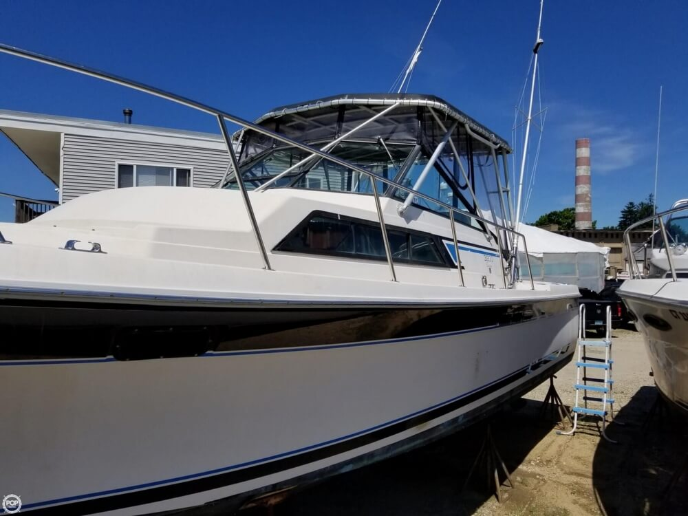 1987 Wellcraft boat for sale, model of the boat is 3200 Coastal & Image # 28 of 40