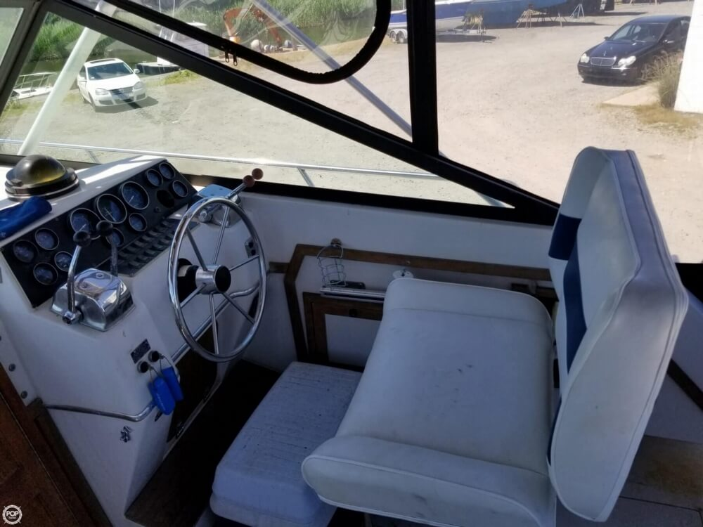 1987 Wellcraft boat for sale, model of the boat is 3200 Coastal & Image # 31 of 40