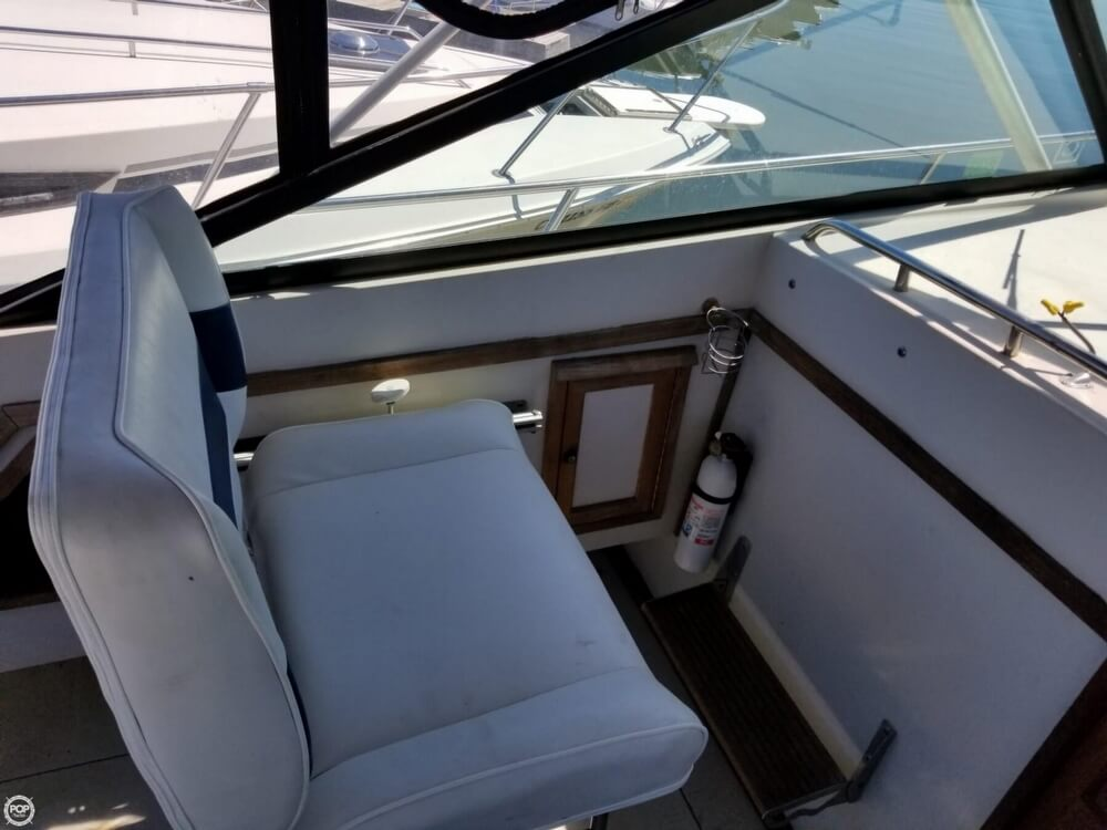 1987 Wellcraft boat for sale, model of the boat is 3200 Coastal & Image # 32 of 40