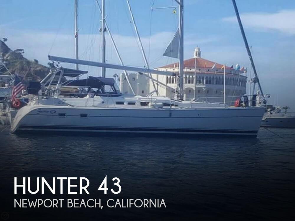 2003 Hunter 43 - image 1