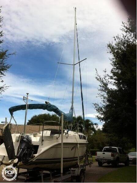 2002 Hunter boat for sale, model of the boat is 240 & Image # 13 of 40