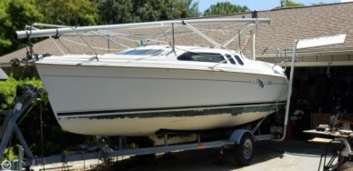 Hunter 240, 24', for sale - $14,000