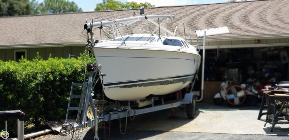 2002 Hunter boat for sale, model of the boat is 240 & Image # 2 of 40