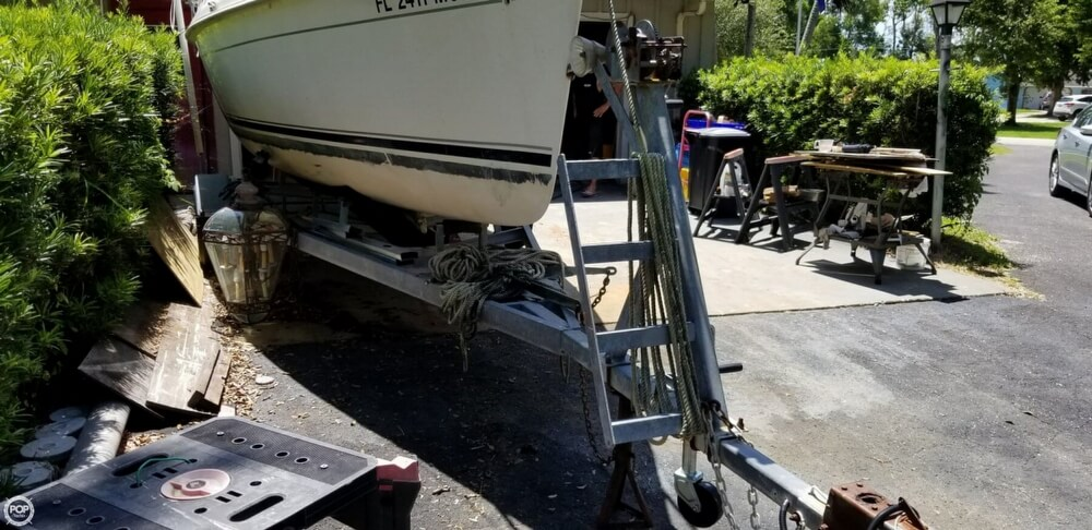 2002 Hunter boat for sale, model of the boat is 240 & Image # 15 of 40
