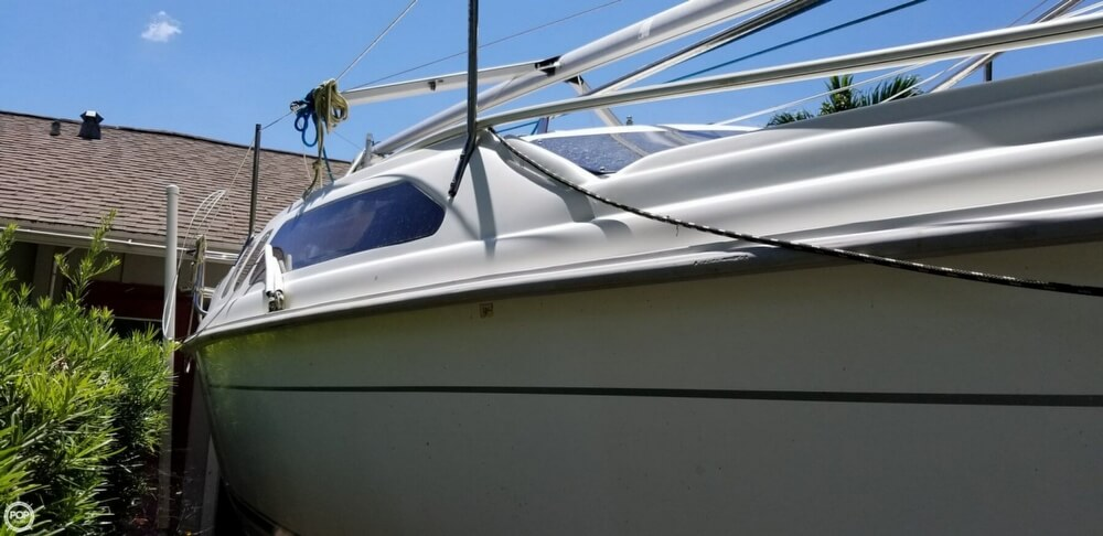 2002 Hunter boat for sale, model of the boat is 240 & Image # 18 of 40
