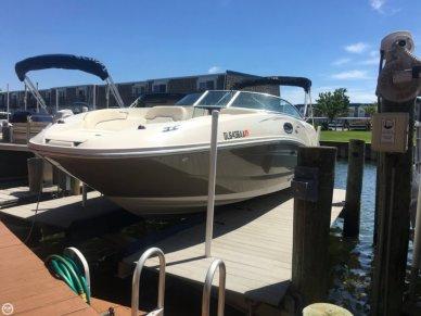 Sea Ray 260 Sundeck, 26', for sale - $43,300