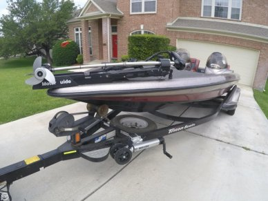Triton TR22, 22', for sale - $28,399